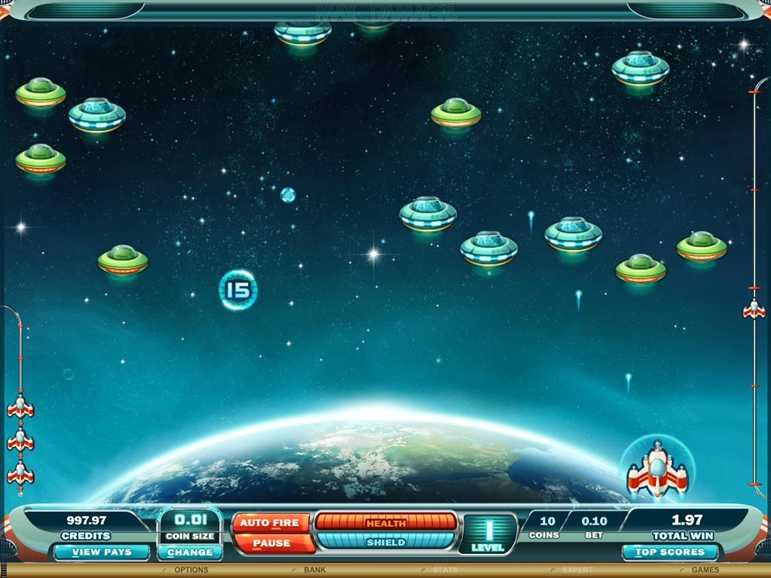 Casino LaVida :: Max Damage and the Alien Attack arcade slot game - PLAY NOW!